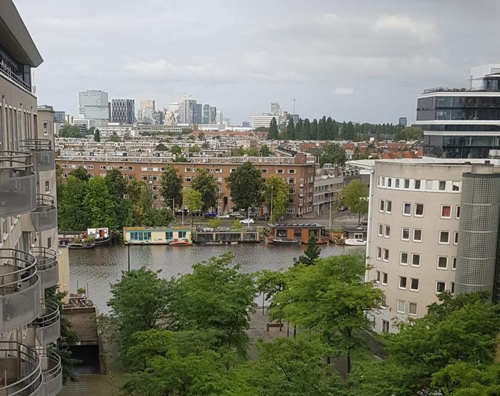 Schoonmaken op grote hoogte - Amsterdam