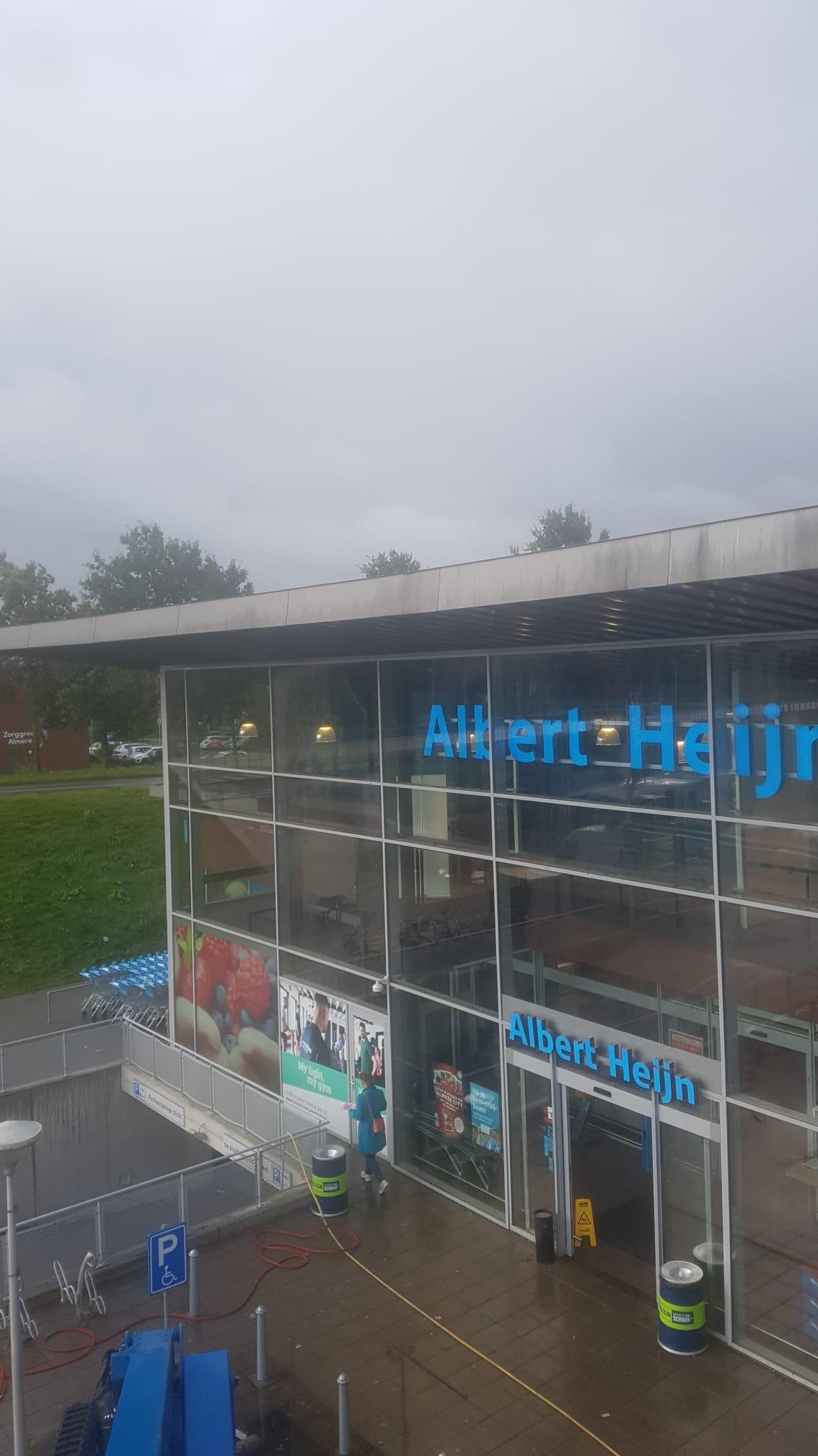 Specialistische reiniging Albert Heijn Almere